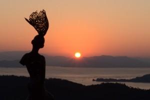 20160211彫刻《瀬戸内の風》と瀬戸内の夜明け (3)